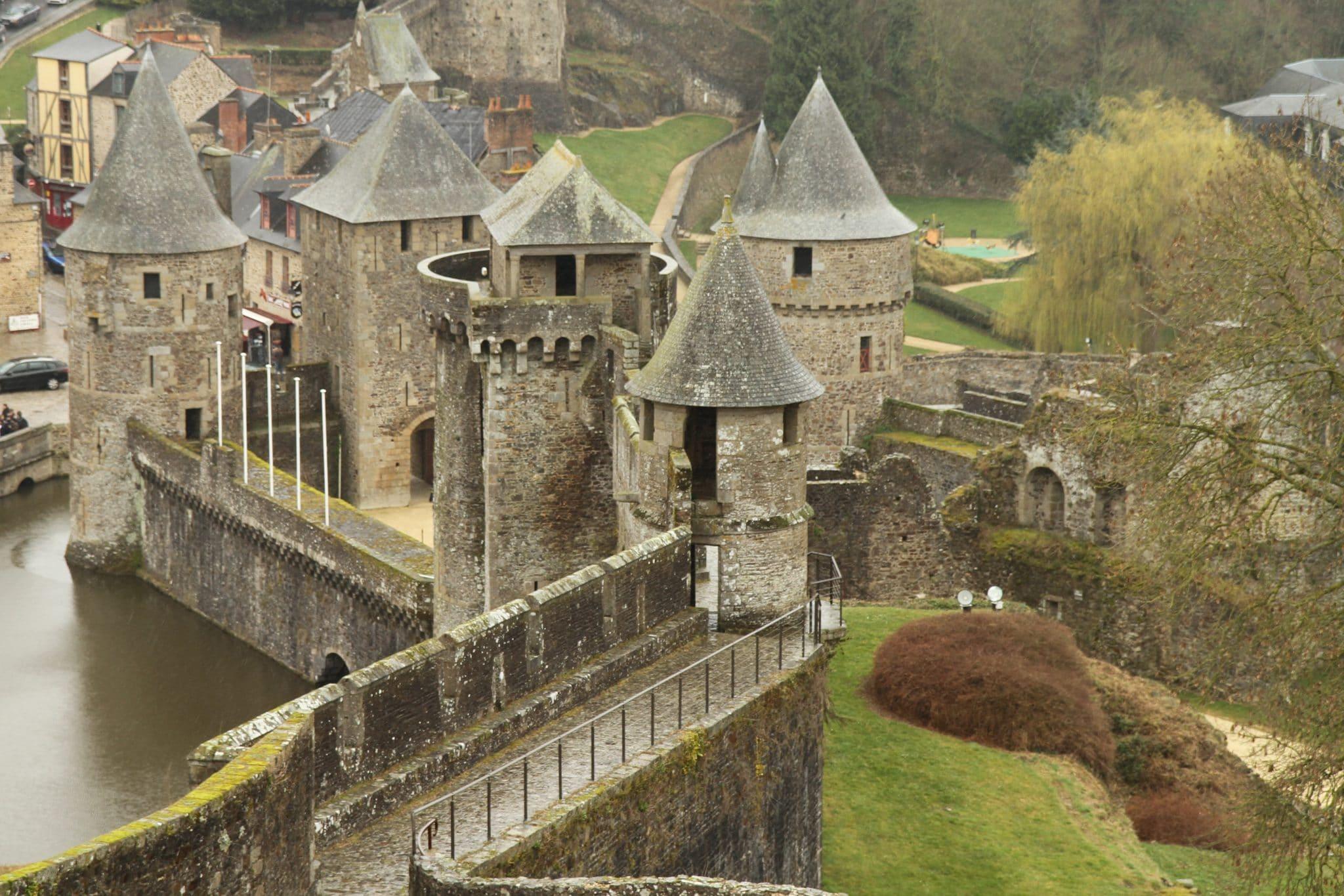 """Des audioguides """"médiévaux"""" au Château de Fougères"""