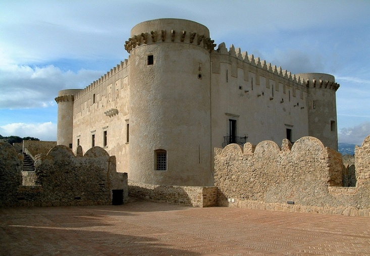 castello-santa-severina